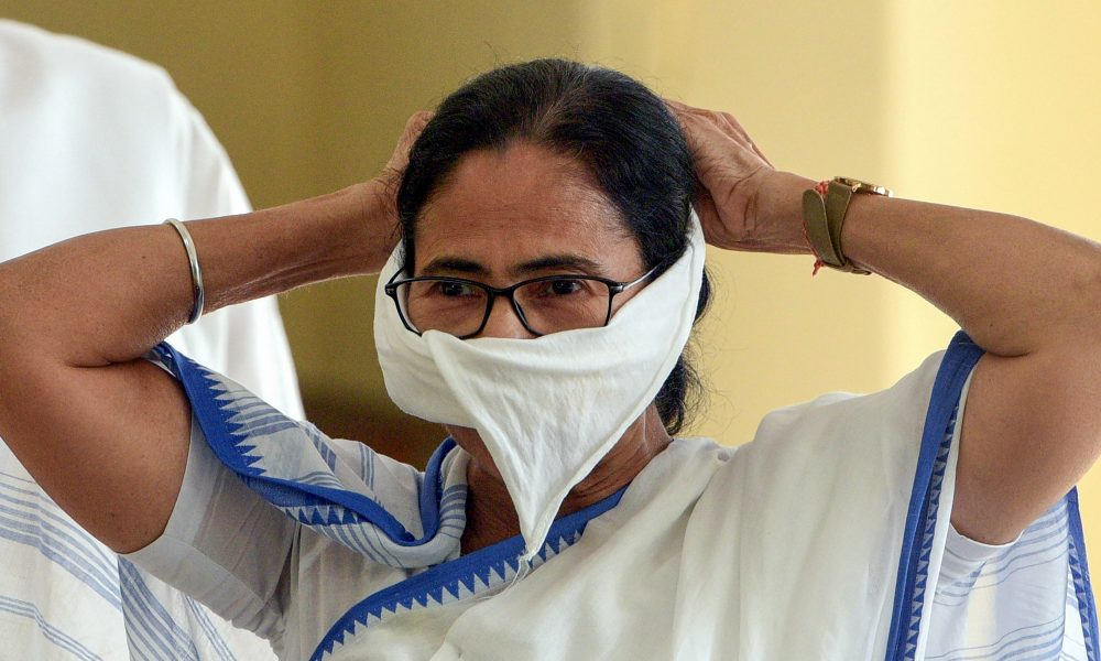 Coronavirus Outbreak: Centre making conflicting statements on lockdown, not providing funds to states, alleges Mamata Banerjee